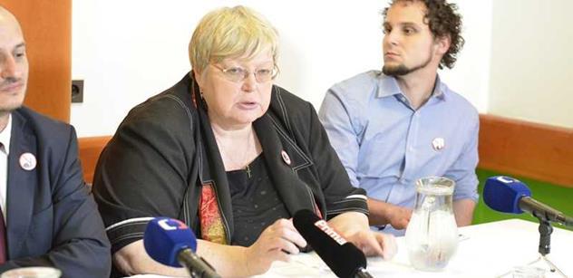 Jana Volfová: Zabíjejte je! stojí v Koránu. Uprchlíci zlikvidují naše děti, matky, seniory i nemocné