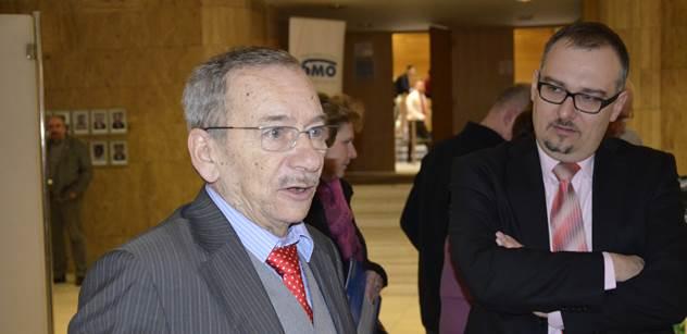 Kubera: Zeman musí ministrem jmenovat i Ferdu Mravence