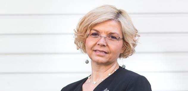 Advokátka Kovářová, která řídí koroporadnu: Vládo pozor, už se hroutí i optimisté. A senioři říkají, že izolace je horší než válka