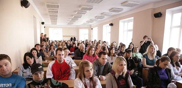 Slavný historik profesor Kvaček: Mladá generace je úplně mimo. Ani prezidenty nevyjmenují