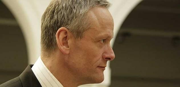 Cyril Svoboda vzpomíná, jak zkazil Kalouskův plán a říká: Ano, žijeme ve vybydleném starobinci