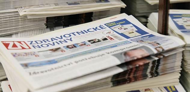 Ostrá debata o médiích, jejich obsahu a vlastnících: V britském deníku byla zpráva, že na Václaváku protestovaly tisíce lidí. A na titulkách českých novin...