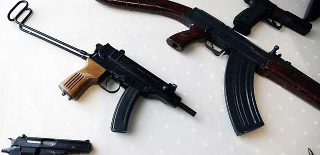 Držitelé zbrojních průkazů žádají vynětí z omezení zbraní v EU. Petici podepsal i Zeman