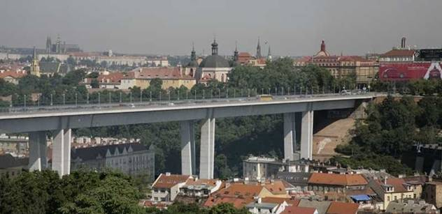Náměstek Nosek: Dopravu v Praze neomezíme, prašnost není překročena