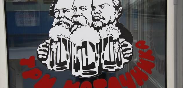 Slavné Financial Times při výročí vychválily Karla Marxe. Dokázal se prý postavit naivním analýzám kapitalismu
