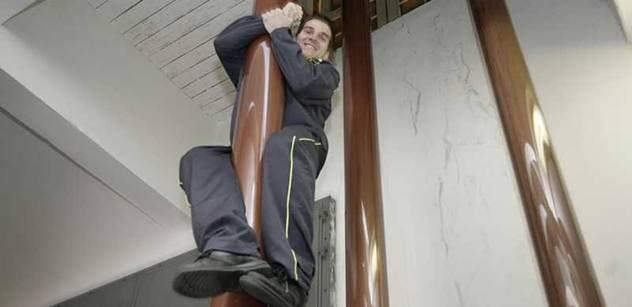 Nový šéf hasičů: Snad přesvědčíme Kalouska, aby nám přidal
