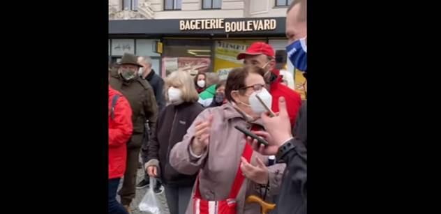 VIDEO Šlachtu vítali v Pardubicích potleskem