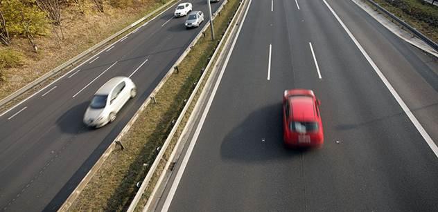 Sněmovna dnes o návrhu na rychlejší výstavbu dálnic nerozhodla