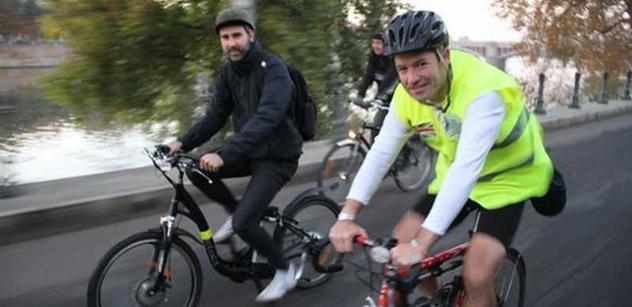 Britský diplomat zahájil Evropský týden mobility cestou na kole zPrahy do Brna