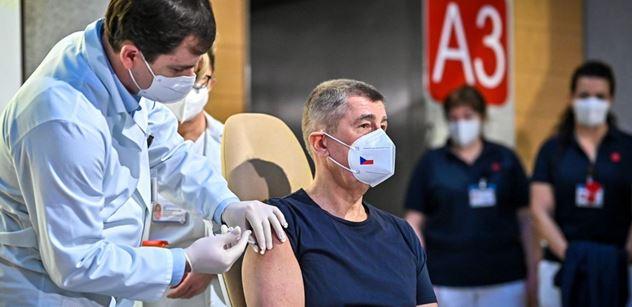 Sociolog varuje před zvýhodňováním očkovaných. Může dojít až na masakry