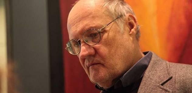 Bělohradský: Kabinet vládne radikálním způsobem. Je hluboce nelegitimní