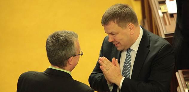 Tluchoř odmítá výtky TOP 09: V koaliční smlouvě není žádné zvyšování daní