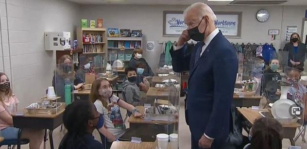 Joe Biden nevěřil: Děti mu řekly pravdu. Natvrdo před kamerou