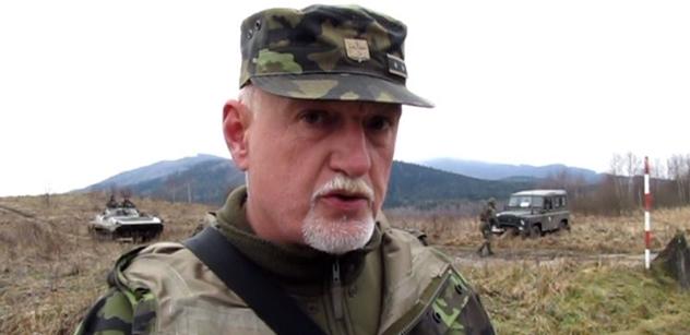 Generál Blaško: Migranti žijí na hromadě hnoje a ten hnůj vozí k nám. Jak mě může obohatit někdo, kdo v životě nesáhl na práci, vy vymetené mozky?
