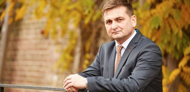 Hejtman Červíček: V případě plných lůžkových kapacit pomůžou kraji nemocnice v Polsku