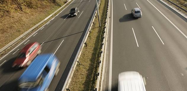 Ředitelství silnic a dálnic zahájilo výstavbu silnice I/62 Děčín – Vilsnice, nechyběl u toho ministr