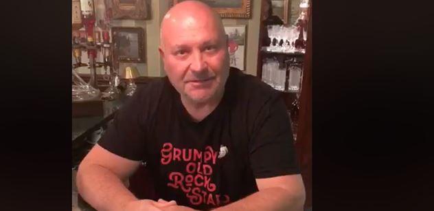 Michal David zasáhl proti viru! A Lucie Bílá, ta teprve! VIDEO+FOTO