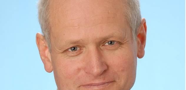 Derner (KDU-ČSL): Krajem zavanul dech totality