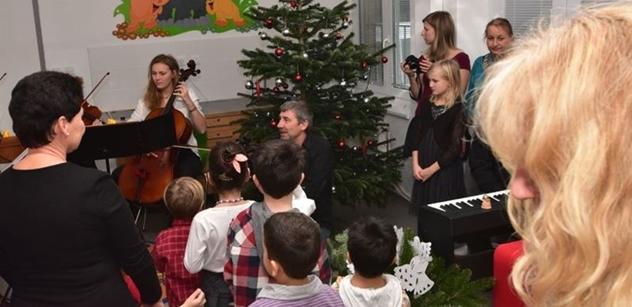Městská část Praha 5 předala dar dětem z Dětského domova na Zbraslavi