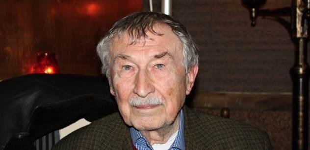 Profesor Rajko Doleček pozvedl hlas proti oslavné knize o Havlovi, kterou napsal Ladislav Špaček. A sečetl zločiny USA proti Srbsku