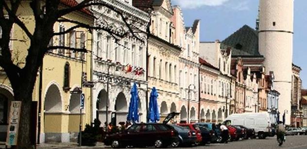 Domažlice: Turisté plánují opravu západní strany Kurzovy věže na Čerchově