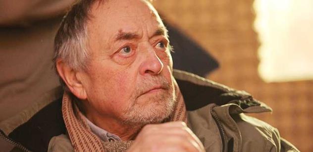 Člen Zemanovy vlády dnes mluví o prezidentově chybě a varuje Rusnoka