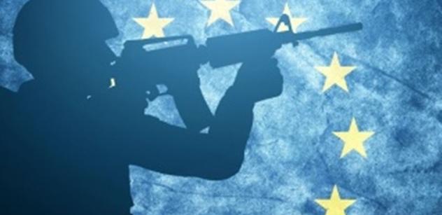 Děsivé a šílené. EU založila armádu, která může brutálně násilím potlačovat odpor lidí v členských státech i u nás. A chystá se nové rozdělení imigrantů. Diplomat od Okamury varuje