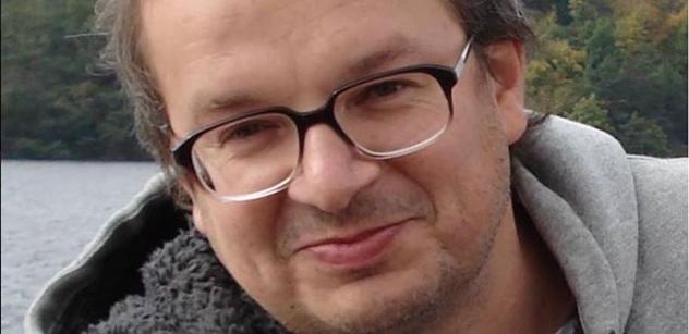 Filip Smoljak: Zdeněk Svěrák, ješitný bolševik. Statisíce Kč, padělky, výhrůžky. Odhaluji celý příběh