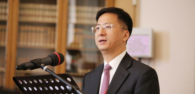Čínský velvyslanec pro PL: Hongkong je čínským Hongkongem. Tamní záležitosti jsou vnitřními záležitostmi Číny. Není možné dovolit žádné cizí zemi, aby...