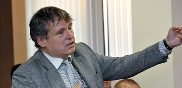 Uznávaný odborník Jan Rychlík se opřel o dávnou historii a pravil: Řeknu vám, jak to asi dopadne s Ukrajinou...