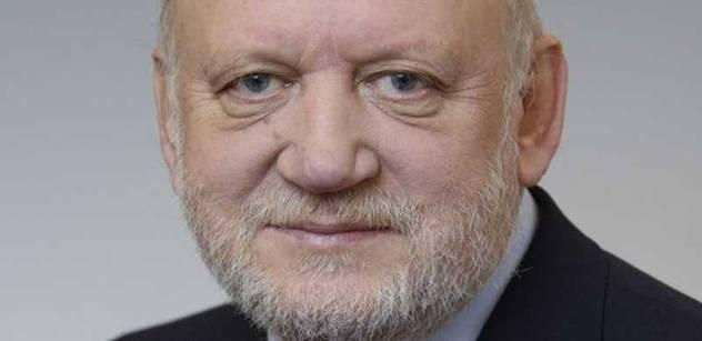 """""""Odpočívej v pokoji, příteli."""" Senátor Czernin se loučí s Tomášem Grulichem"""