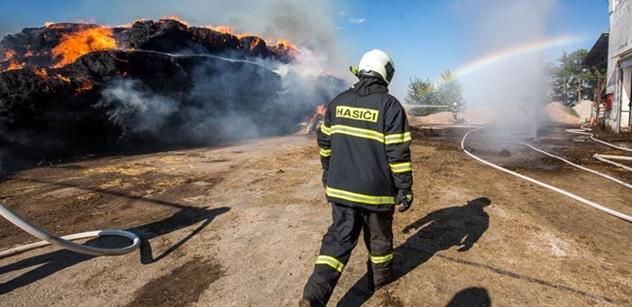 Michal Šebek: Na virus s maskou starou třicet let. Takto byli vybaveni někteří dobrovolní hasiči