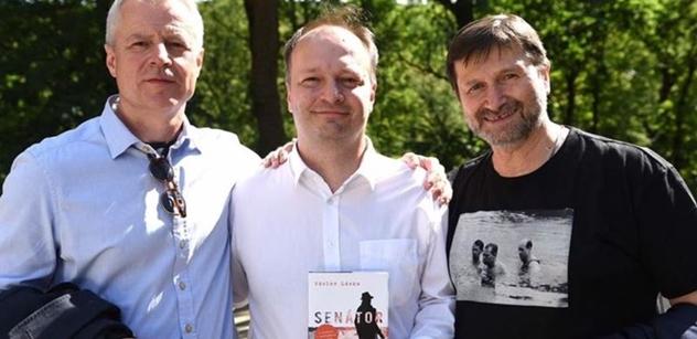 Jan Hrušínský na schůzce s politickým pozadím. Silná jména a FOTO