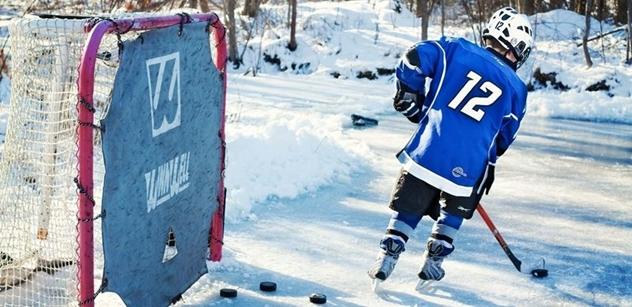 Hokej pro Tibet. Češi učí zimnímu sportu ve škole, podporované dalajlámou