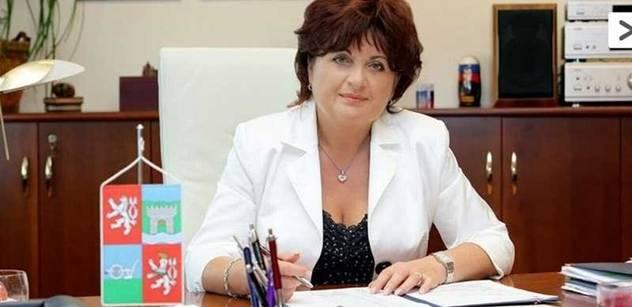 Vláda devastuje policii, hrozí zrod domobrany, varuje hejtmanka Vaňhová