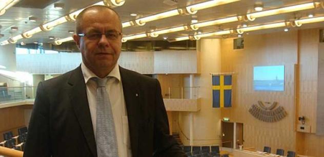 Jeník (ODS): Perné léto evropských lídrů bojujících s nezaměstnaností
