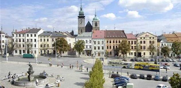 Jihlava: Rozšíření Hradební ulice se minimálně o měsíc zpozdí