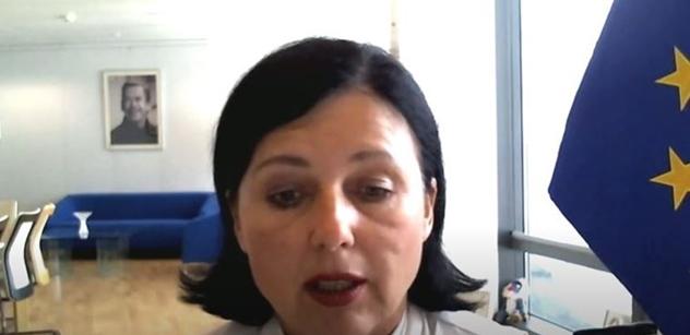 Před spaním si volat s Věrou... Jourová má co vysvětlovat. Jde o kontakty s maďarskou opozicí proti Orbánovi