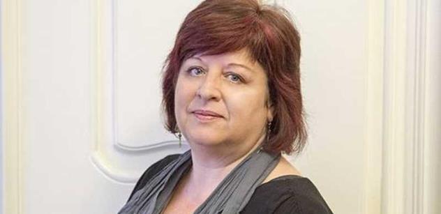 Jiřina Holotová: Sebereme vám peníze, vzkazuje Polsku Věra Jourová ústy Evropské komise
