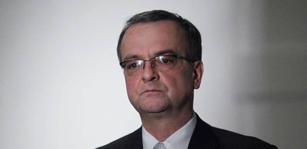 Protestující aktivista: Nechápu, že ministr Kalousek ještě nesedí