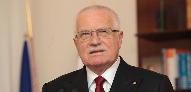 Jiří Pehe: Klausova verze státu je odpudivá, měl by vysvětlit odmítání integrace