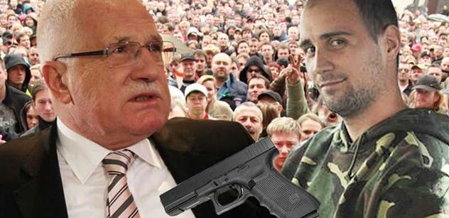 Doktor Macek atentátníkovi na Klause: Jsi jenom hrdina lůzy