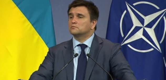 Klimkin na OBSE požádal o propuštění 24 Ukrajinců zadržených Rusy. A Lavrov kontroval...