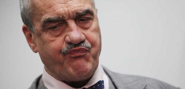 Schwarzenberg nemá ústavní žalobu na Klause za rozumný krok