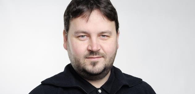 """Co všechno udělají z člověka dolary! Tomáš Kňourek má jasno, proč Kalenský vyrukoval s novým radikálním opatřením proti """"dezinformačním webům"""""""