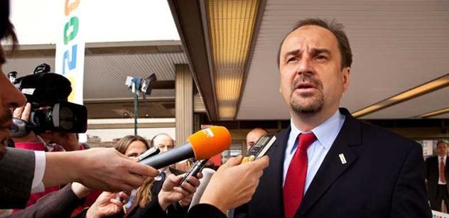 Odpor proti Rusnokově vládě není v zájmu ČSSD, věří Kohout