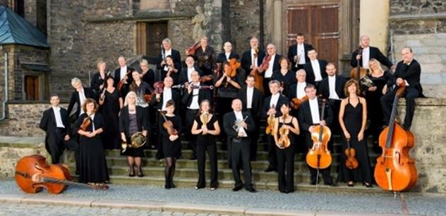Komorní filharmonie Pardubice: Vážná hudba a basketbal, to jde dohromady