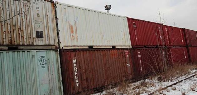 Nadace sv. Františka: Do Indie odjel už 31. kontejner se zdravotnickým materiálem