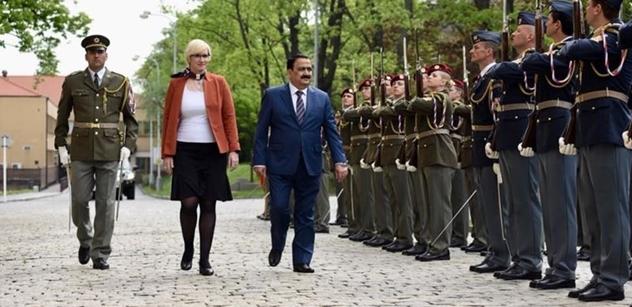 Musíme skoncovat s ideologií Islámského státu, vyzval v Praze irácký ministr obrany a ocenil roli Česka v porážce teroristů