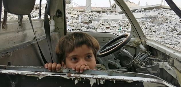 Lékař bez hranic otevřeně: O bezohledných mocnostech a strašlivé syrské pasti
